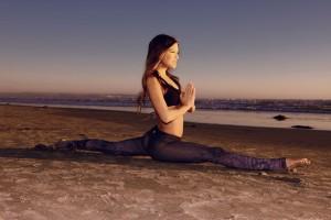 allungamento muscolare flessibilità yoga