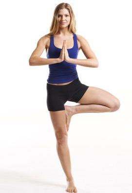 posizione yoga asana albero
