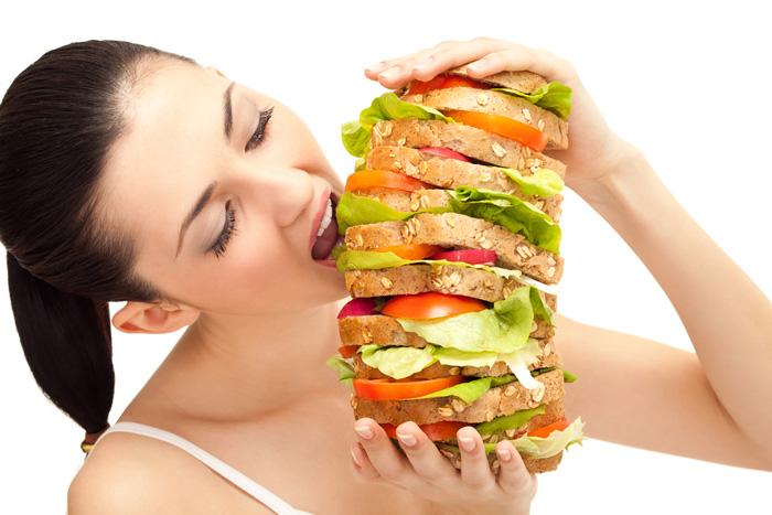 sono così grasso ma non posso smettere di mangiare
