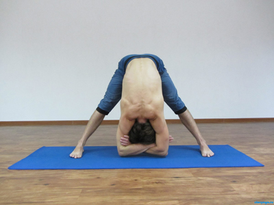 prasarita-padottanasana asana yoga