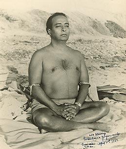 yogananda autore