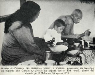 yogananda-e-gandhi