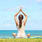 Cerchi un rimedio naturale per il mal di schiena? Prova lo yoga!