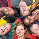 Yoga della risata: che cos'è, perché fa bene e come si pratica