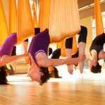 Antigravity yoga, aerial yoga o yoga in volo?