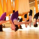 Antigravity yoga, aerial yoga o yoga in volo?