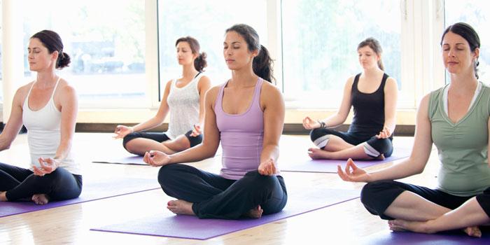 benefici hatha yoga