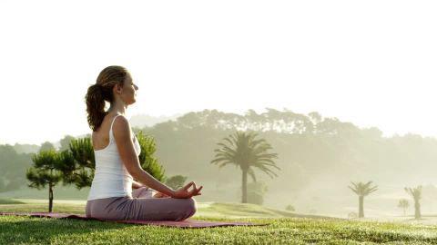 4 posizioni-yoga-per-principianti