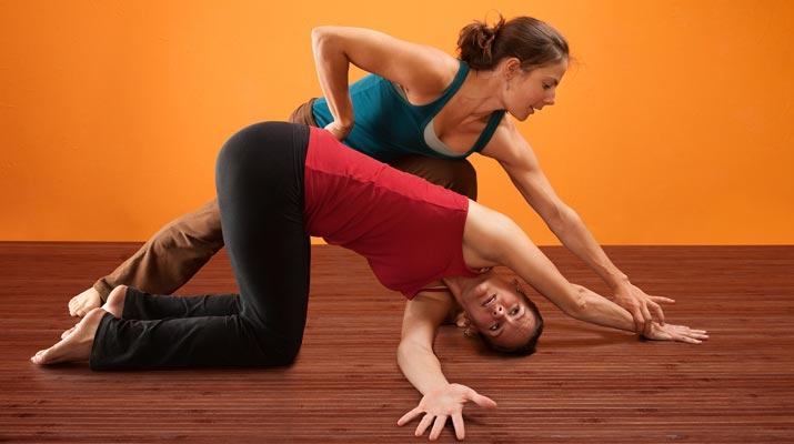 Praticare yoga con un esperto