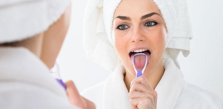 le varie tipologie di pulisci lingua