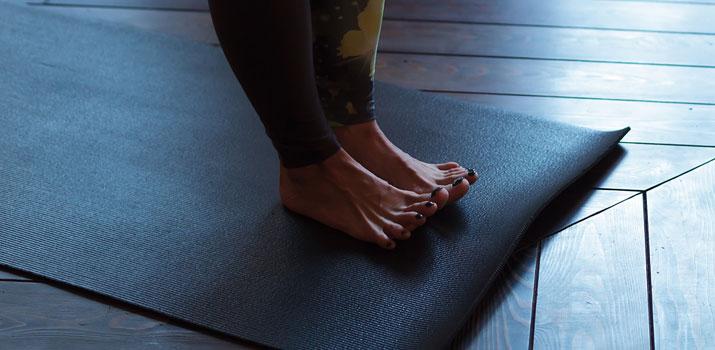 pada bandha attivazione piedi yoga