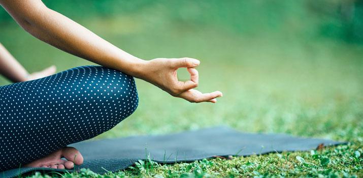 i benefici di chin e gyana mudra