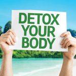 Cambio di stagione: come disintossicarsi e depurare il corpo con lo yoga e l'alimentazione