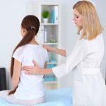 Yoga posturale: come migliorare la postura grazie agli esercizi dello yoga
