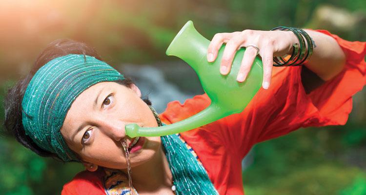 Jala neti cura naturale raffreddore naso chiuso