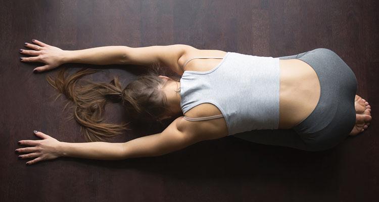 posizioni yoga quando sei raffreddato