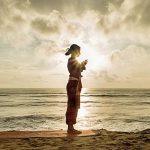 Come fare il Saluto al sole: 3 consigli preziosi per perfezionarlo