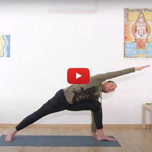Allungamento laterale yoga